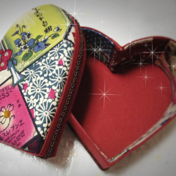 Heart cartonnage